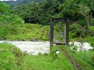 11.7 - Ecuador bridge